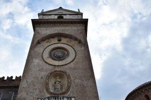 La torre dellOrologio a Mantova