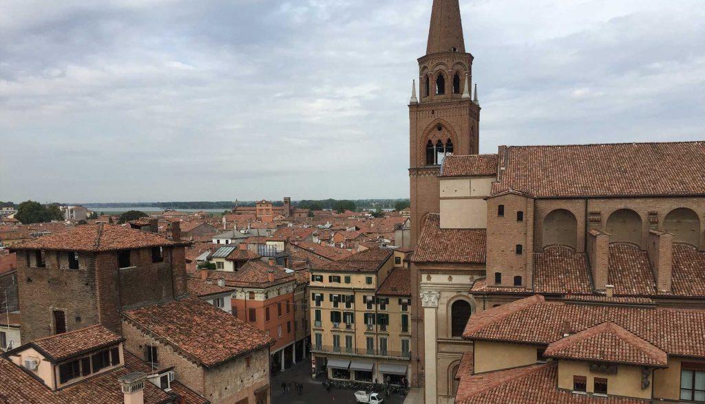 Cosa vedere a Mantova: il panorama dalla Torre dell'Orologio