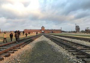 Il binario della ferrovia a Birkenau