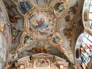 La cappella affrescata dell'eremo di Santa Caterina del Sasso