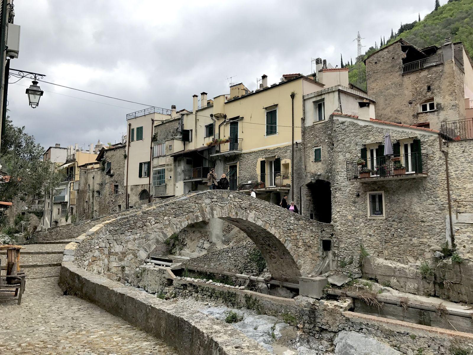 Il ponte romanico di Zucchello