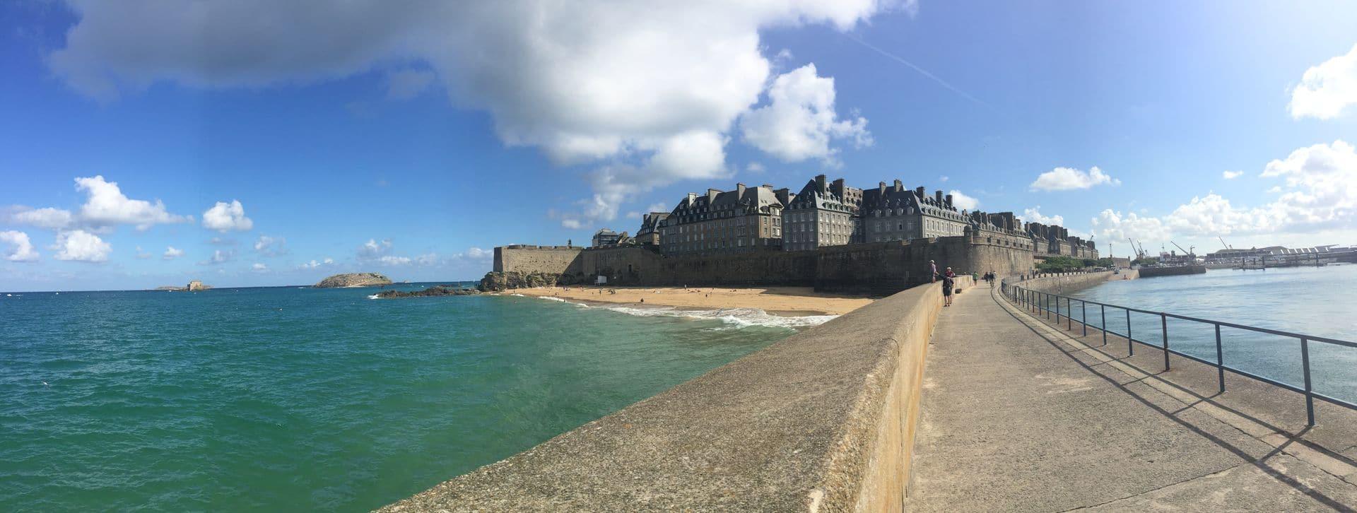 Saint Malo vista dal mare