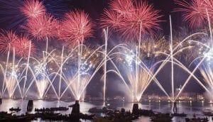 fuochi d'artificio a venezia per la festa del redentore