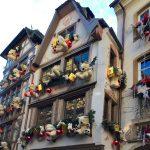 le decorazioni natalizie di Strasburgo