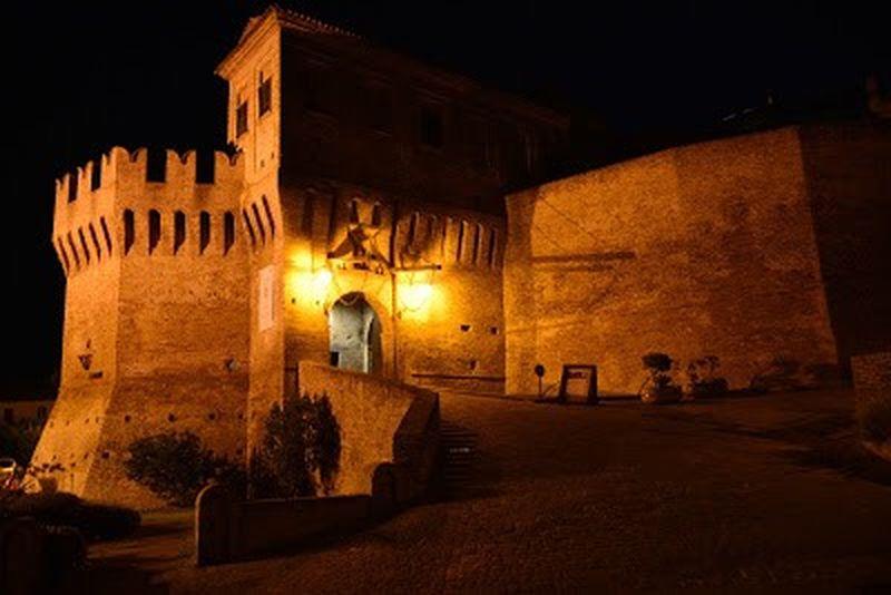 La cinta muraria del borgo di Corinaldo