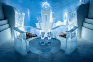 Aperitivo all'Ice Hotel in Svezia