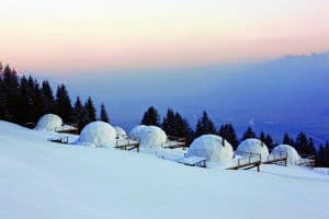 Le cupole geodetiche del White Pod