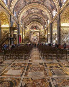 Le pietre tombali nella Co-Cattedrale di San Giovanni a Valletta