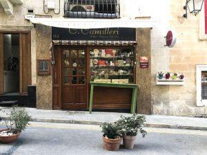 Negozi e vetrine di Valletta