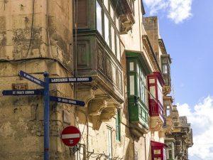 Cosa vedere a Valletta: I balconi coperti