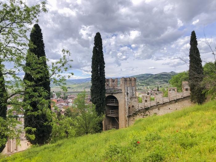 Visitare Soave, borgo del castello e del vino