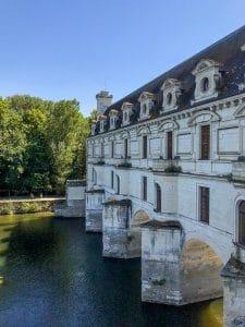 La galleria sullo Cher del castello di Chenonceau