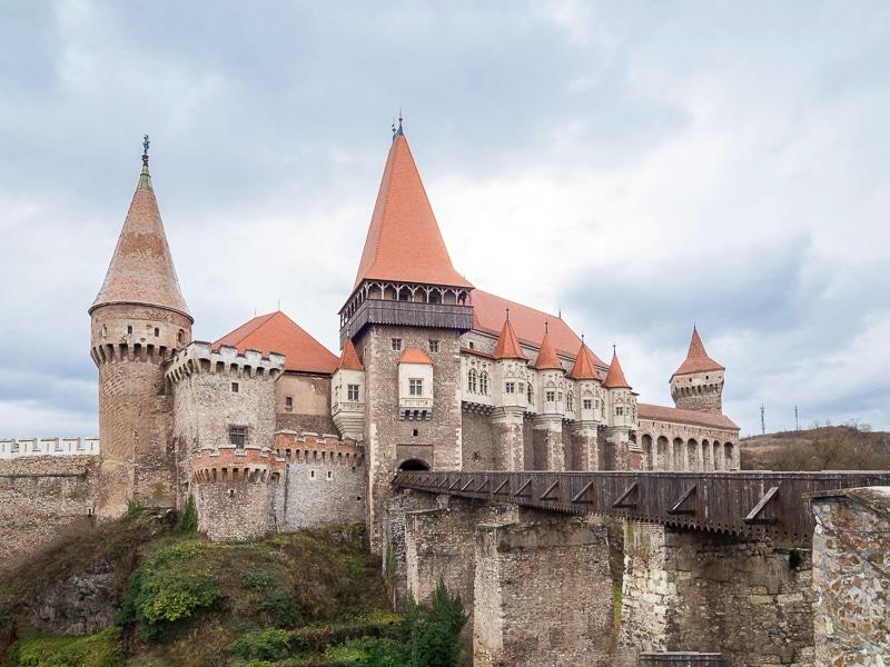Il castello di Corvino