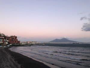 Napoli, vista sul Vesuvio
