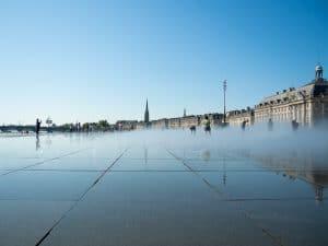 Le Miroir-d-eau a Bordeaux