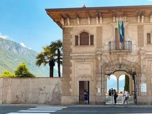 L'ingresso di Villa Monastero a Varenna