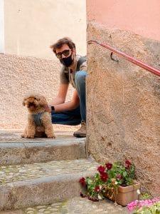 A Varenna con il cane
