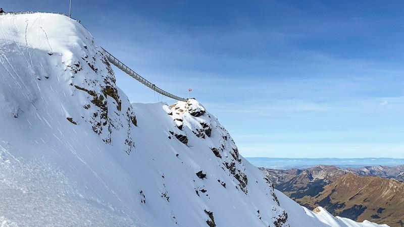 Peak Walk ponte sospeso a Glacier 3000