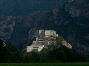 Il Forte di Bard che domina la valle