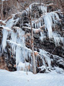 Pareti ghiacciate all'Alpe Devero