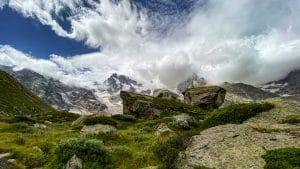 I giganteschi massi erratici provenienti dai ghiacciai
