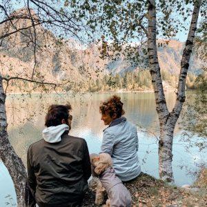 Leila al lago