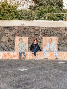 I murales del Postino a Pollara