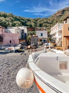 Le case sulla spiaggia di Rinella