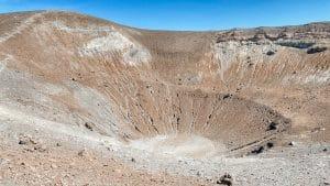 L0interno del cratere di Vulcano